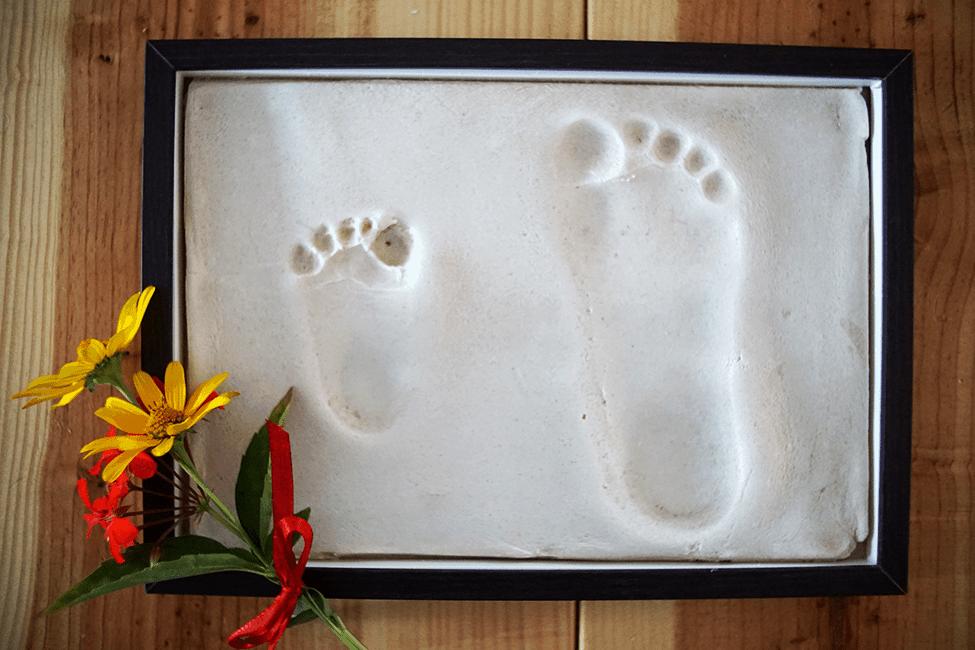 Relativ DIY: Fußabdrücke mit Salzteig selber machen DU12
