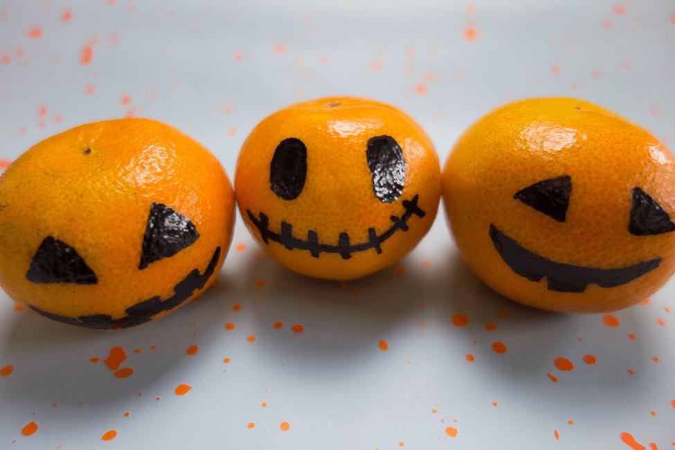 Mandarinen Kürbnisse Halloween Buffet