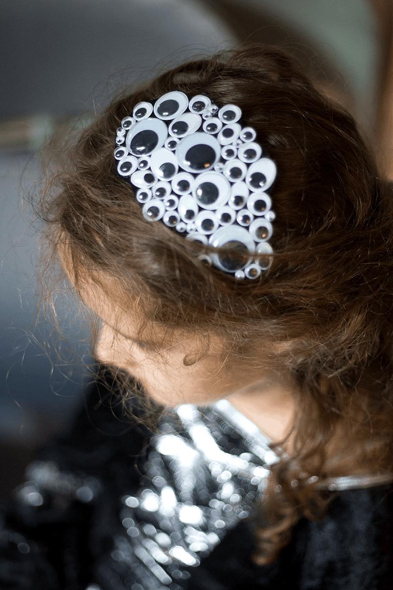 3 Last Minute Ideen für das Halloween-Kostüm - ein Augenhaarreif