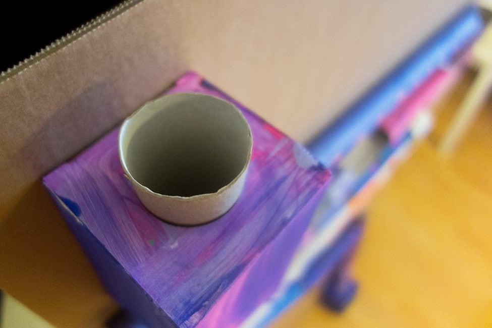 DIY Murmelbahn aus Papprollen selber machen