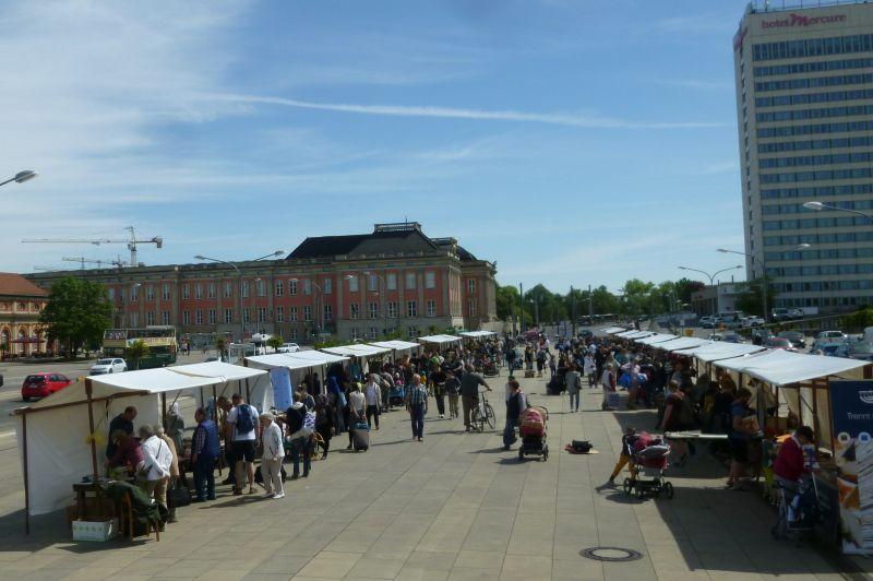 Geben und Nehmen Markt Potsdam