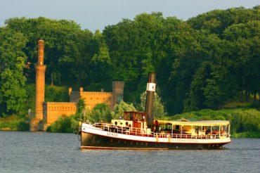 Potsdam Stadtrundfahrt Schiff Ausflug Boot