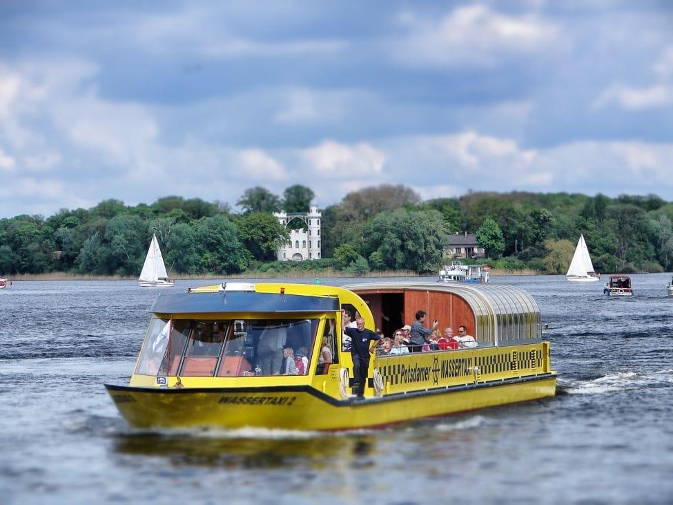 Potsdam Stadtrundfahrt Wassertaxi Boot