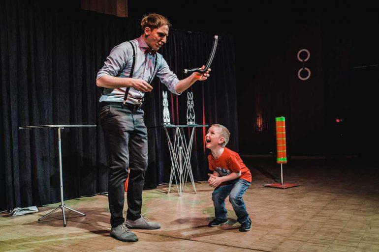 Felix Wohlfahrt Potsdam Zauberer Kindergeburtstag