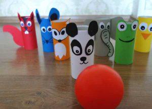 Spielidee Regenwetter Kindergeburtstag Basteln DIY Klorollen Tiere
