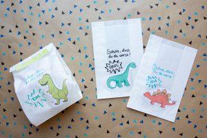 dinosaurier dino geburtstag gästetüten mitgebsel gastgeschenk