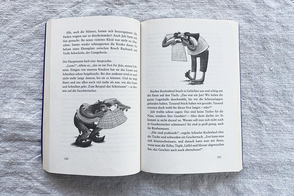 Kinderbuch Schulkind lesen
