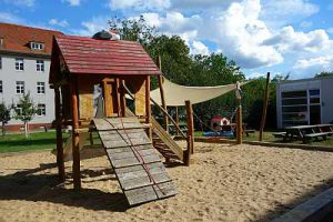 spielplatz potsdam bornstedt kinderspielplatz