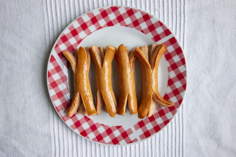 abendessen kindergeburtstag abendbrot rezept ideen buffet geburtstag krakenwürstchen