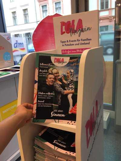 aufsteller dem pola magazin