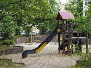 Spielplatz Potsdam West Kinder spielen